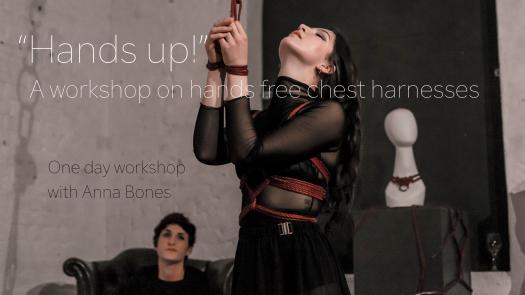 Hands Up! Anna Bones 2018